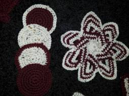 finished flower hot pad and coasters